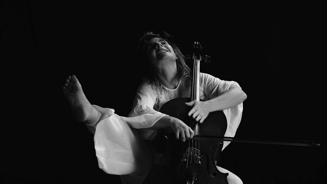 Cello Kick 1