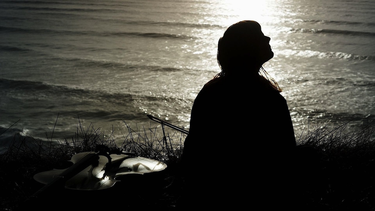 Ocean Cliff Sitting